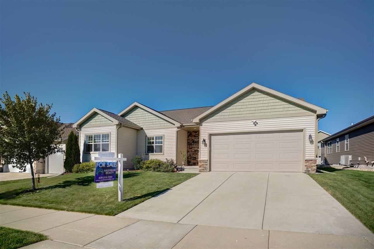 280 Covington Tr, Sun Prairie, WI 53590 - #: 1892265