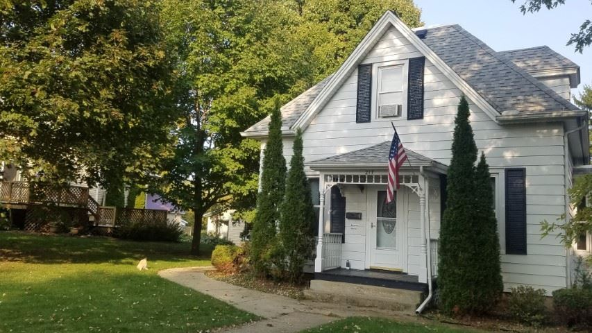 217 S 2nd St, Mount Horeb, WI 53572 - #: 1894266