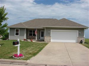 Photo of 850 Heather Ln, Platteville, WI 53818 (MLS # 1863269)