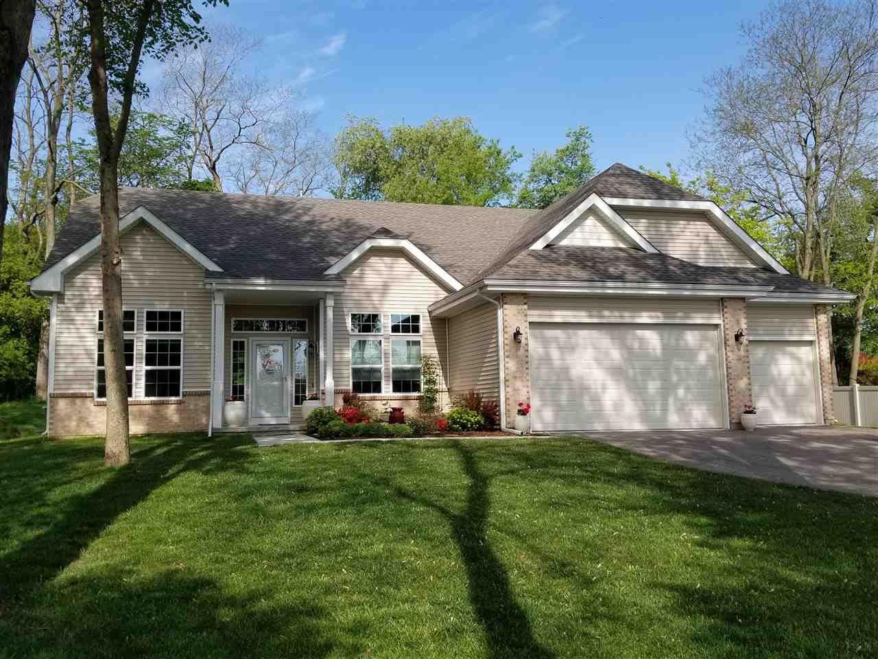 f_1909271 Real Estate in 53534 zip code
