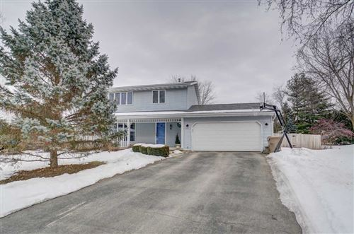 Photo of 41 Newbury Cir, Madison, WI 53711 (MLS # 1877276)