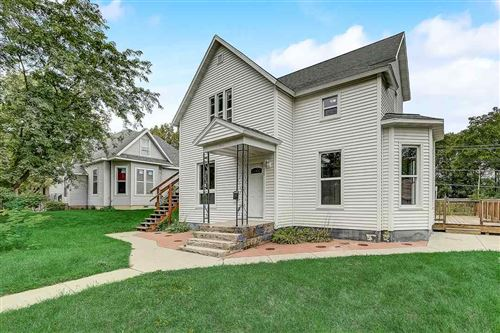 Photo of 805 E Cook St, Portage, WI 53901 (MLS # 1894276)