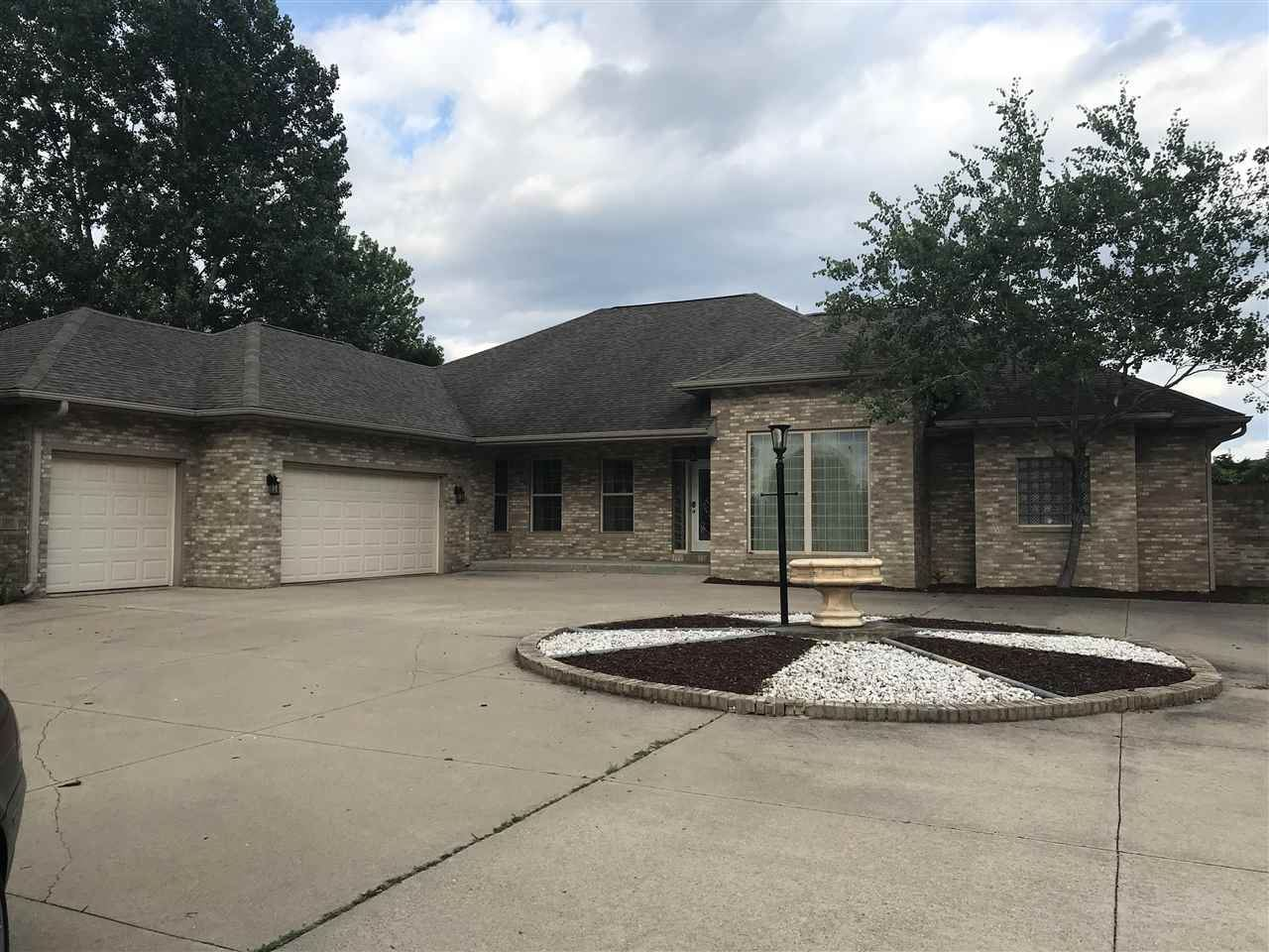 1805 Red Tail Dr, Verona, WI 53593 - #: 1914277