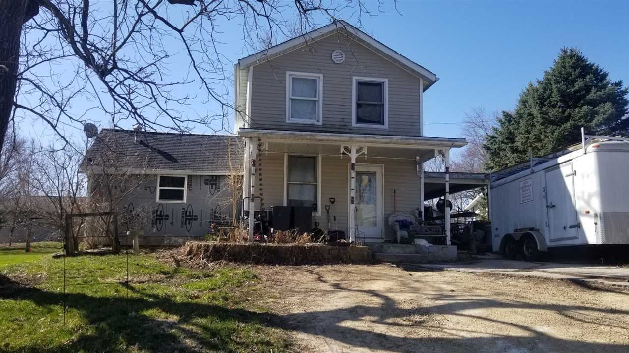 416 Flint St, Mineral Point, WI 53565 - #: 1905279