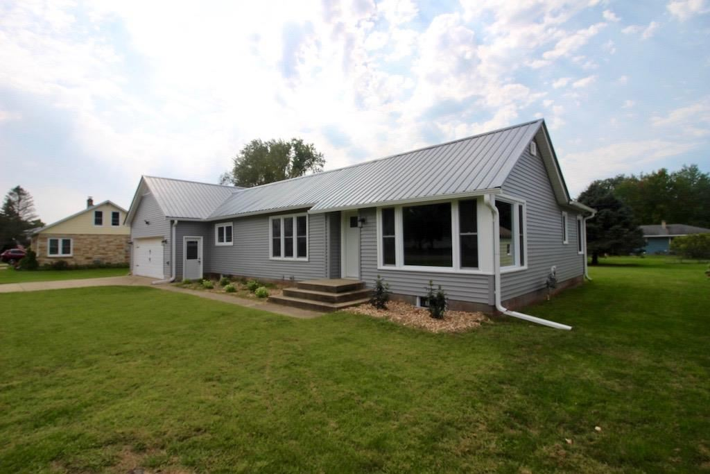 400 N Winsted St, Spring Green, WI 53588 - #: 1919279