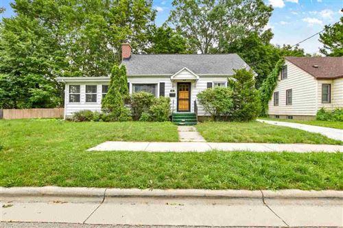 Photo of 915 O'Sheridan St, Madison, WI 53715 (MLS # 1913280)