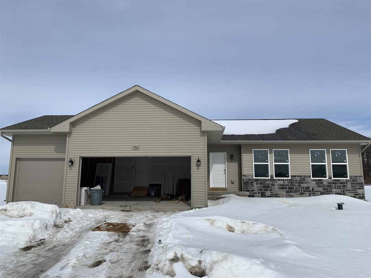 f_1899283 New Construction Homes in Brodhead