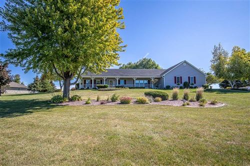 Photo of N5032 Hyland Cir, Monticello, WI 53570 (MLS # 1920284)