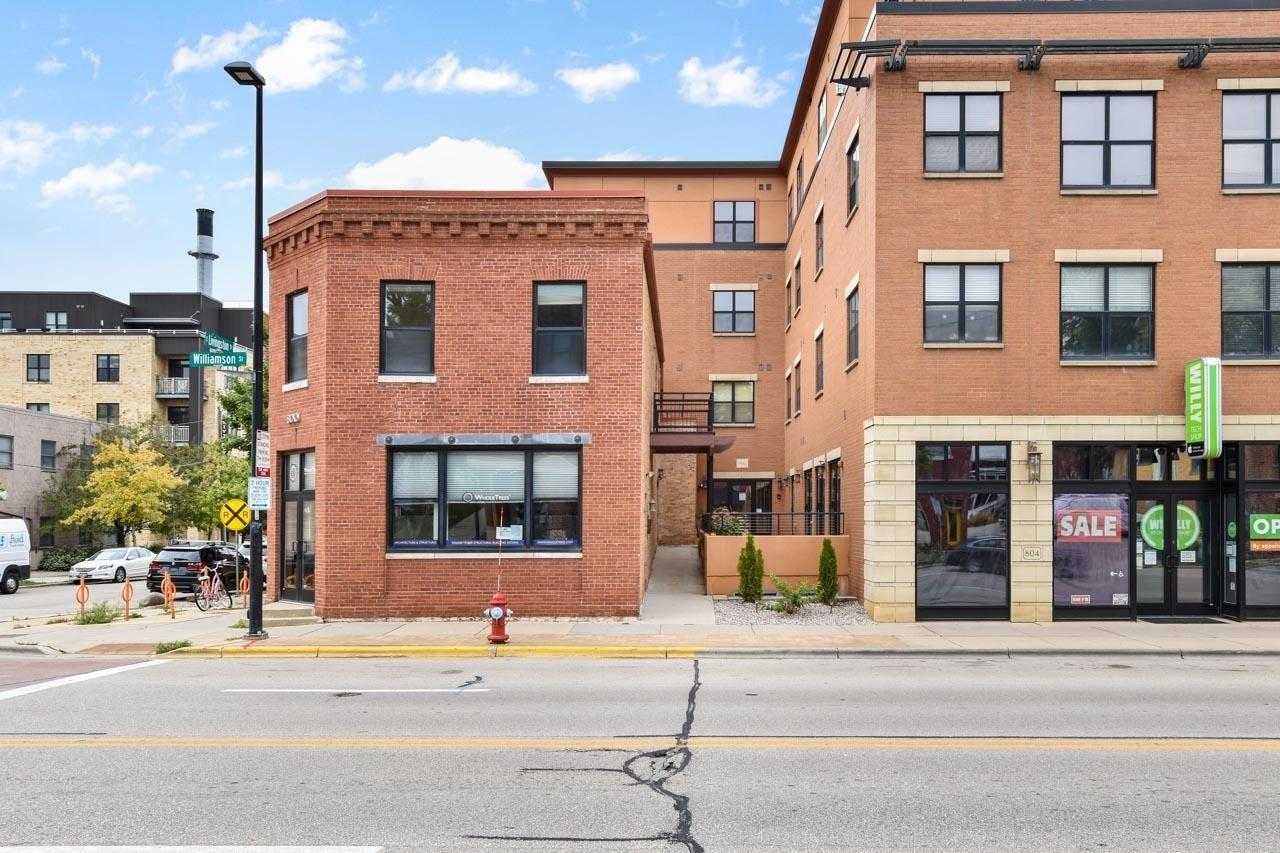 Photo for 802 Williamson St #4, Madison, WI 53703 (MLS # 1919284)