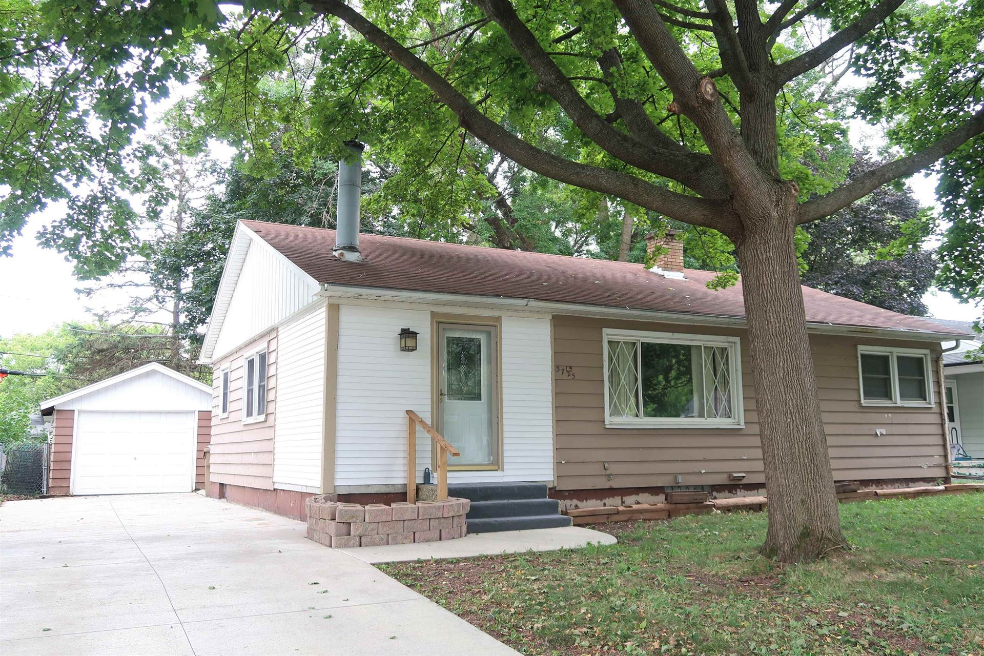 3725 SUSSEX LN, Madison, WI 53714-2354 - #: 1919287