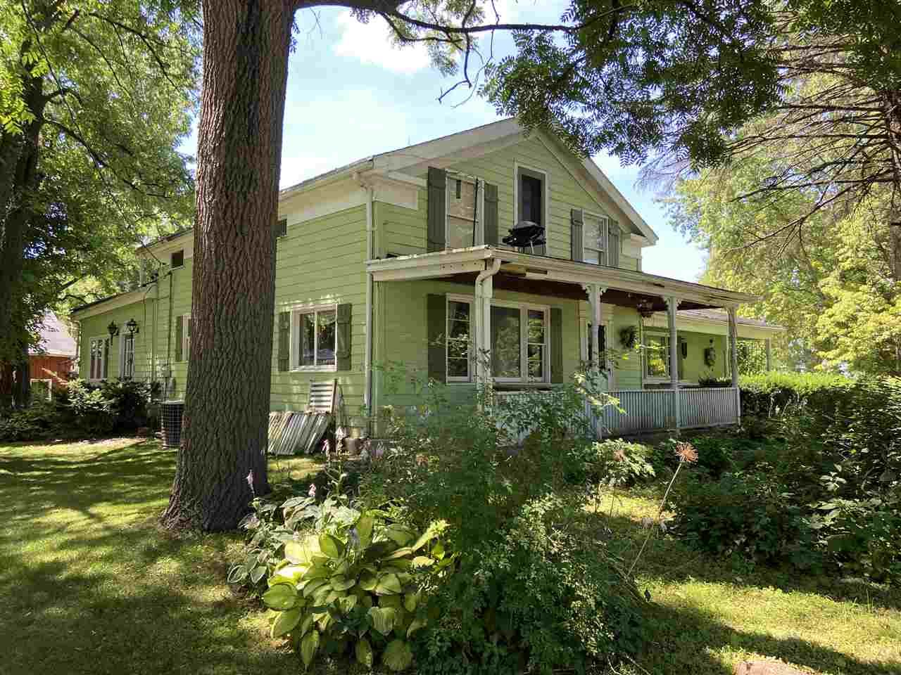 W9421 County Road X, Darien, WI 53114-1335 - #: 1889288