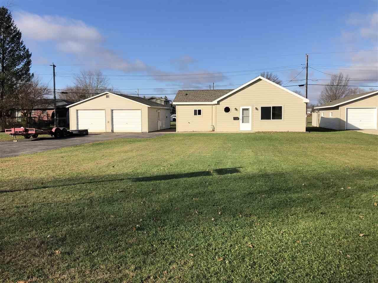 1744 S Crosby Ave, Janesville, WI 53546 - #: 1896290