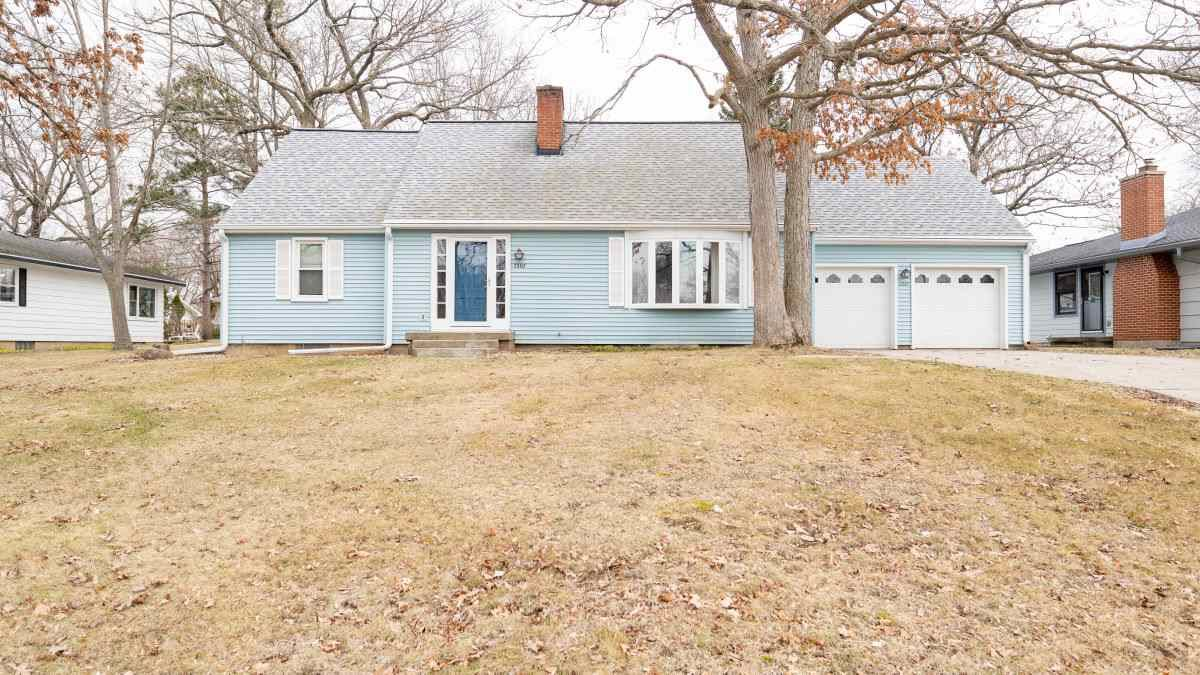 2307 Yellowstone Ave, Portage, WI 53901 - #: 1880294