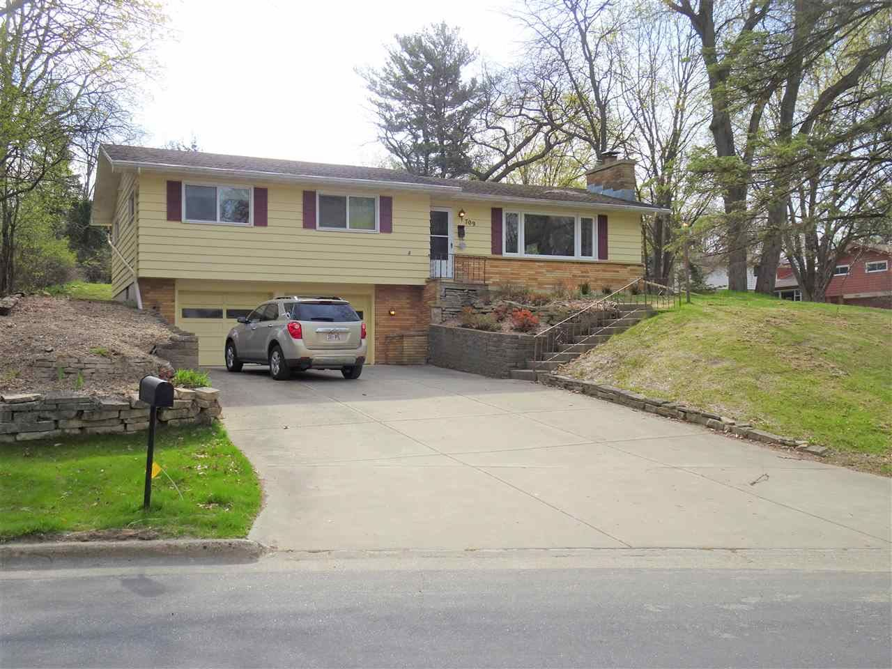 709 Dearholt Rd, Madison, WI 53711 - #: 1907300