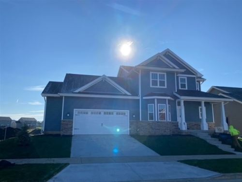 Photo of 633 Burnt Sienna Dr, Middleton, WI 53562 (MLS # 1883301)
