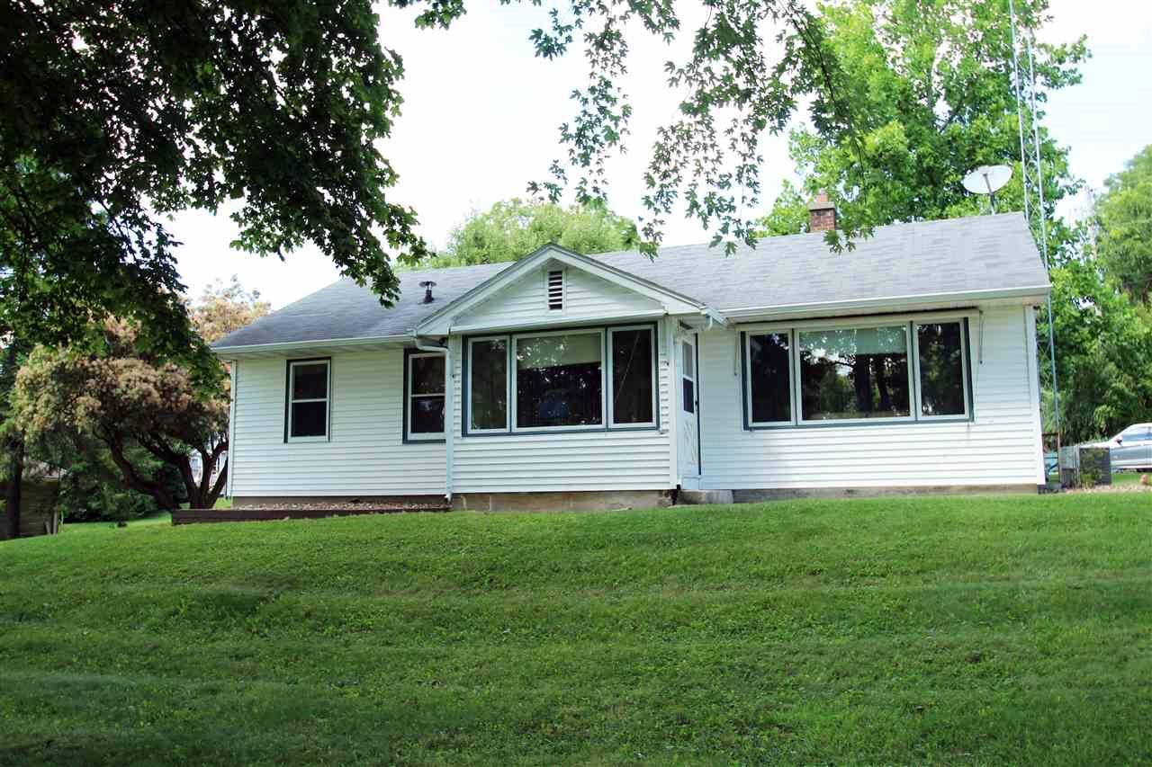 N6959 Lake View Rd, Lake Mills, WI 53551-9746 - #: 1890301