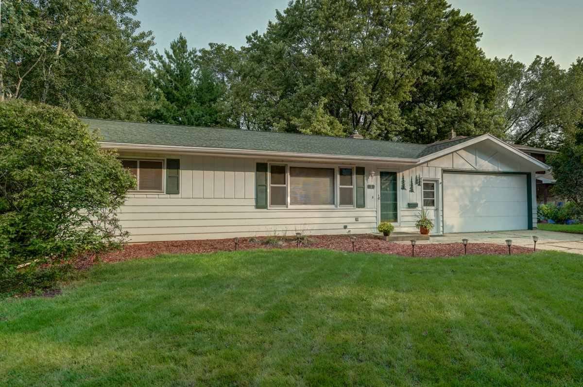 5 Ironwood Cir, Madison, WI 53716 - #: 1893302