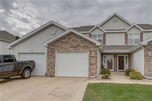 Photo of 2393 Effingham Way, Sun Prairie, WI 53590 (MLS # 1870305)