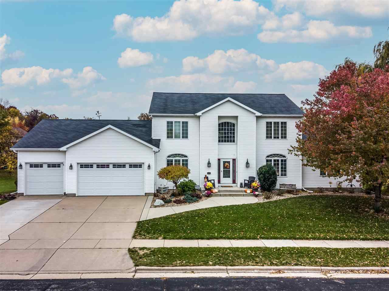 1717 Barberry Rd, Stoughton, WI 53589 - #: 1899306