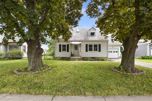 Photo of 909 N Fair Oaks Ave, Madison, WI 53714 (MLS # 1890309)