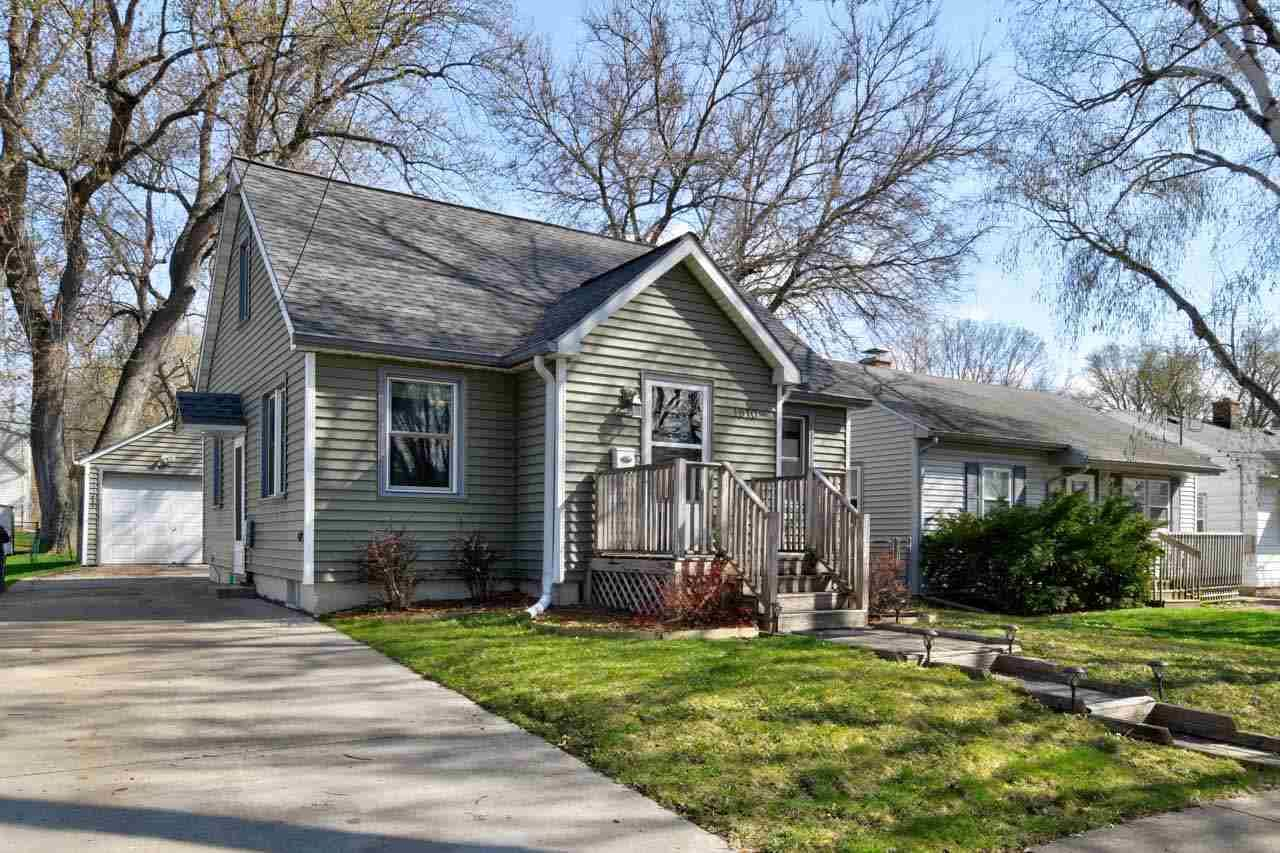 1910 Boyd Ave, Madison, WI 53704 - MLS#: 1906310