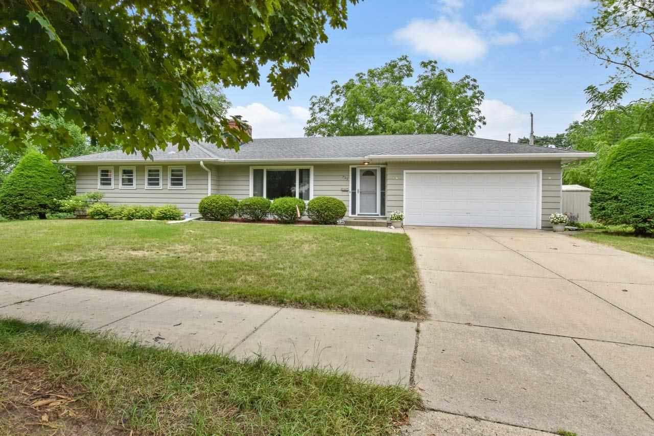 Photo for 729 Anthony Ln, Madison, WI 53711 (MLS # 1915312)