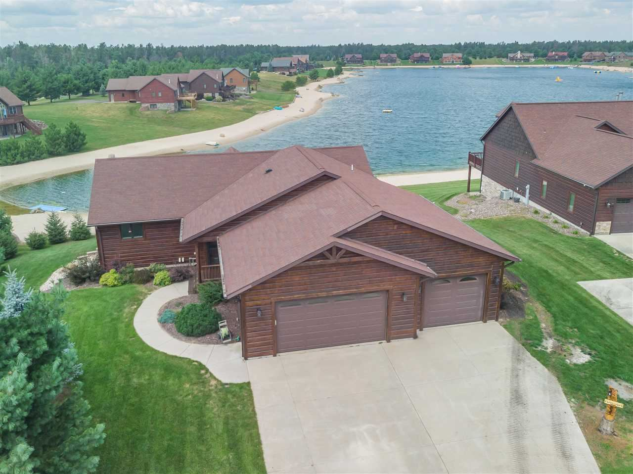 N8062 Clear Water Dr, New Lisbon, WI 53950 - #: 1916314
