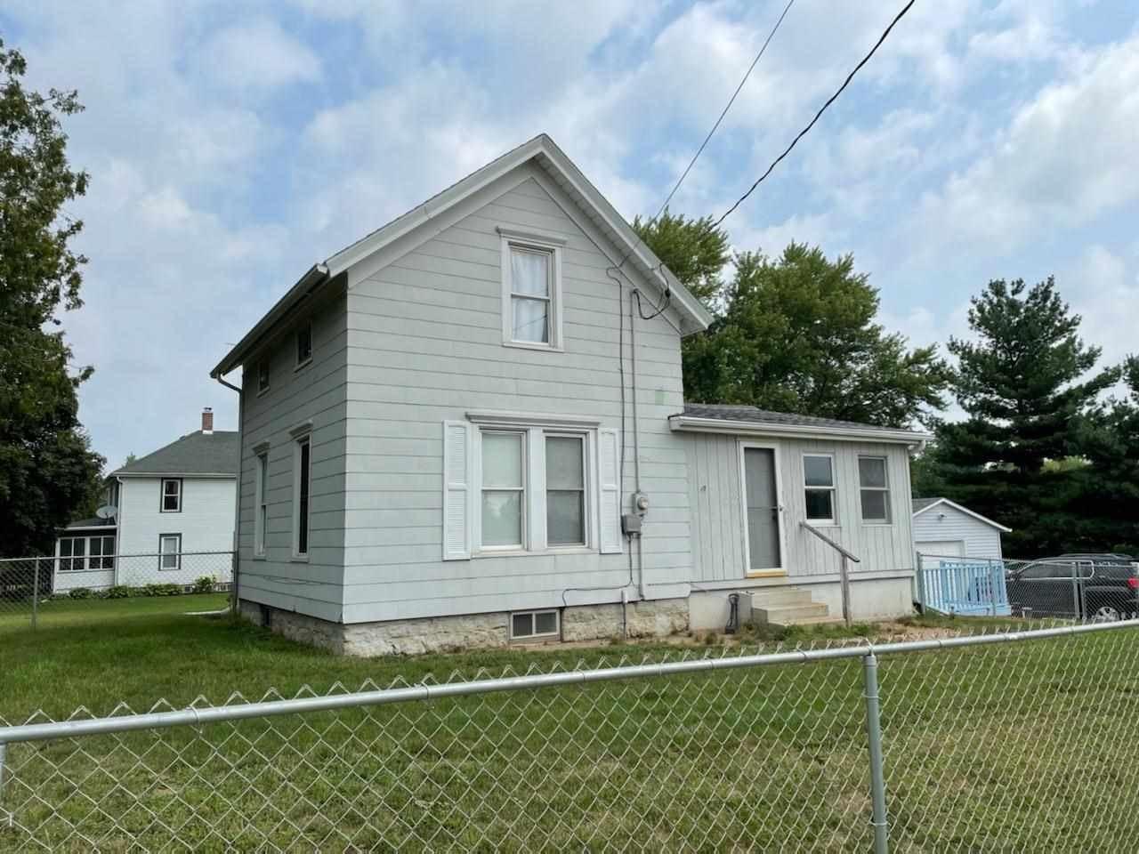 f_1914315 Real Estate in 53534 zip code