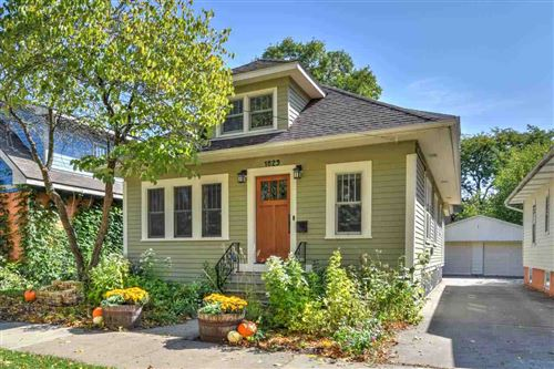 Photo of 1829 Spaight St, Madison, WI 53704 (MLS # 1895319)