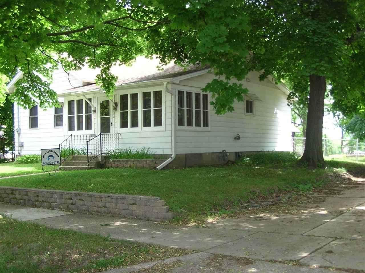 620 N CHATHAM ST, Janesville, WI 53548-8266 - #: 1885321