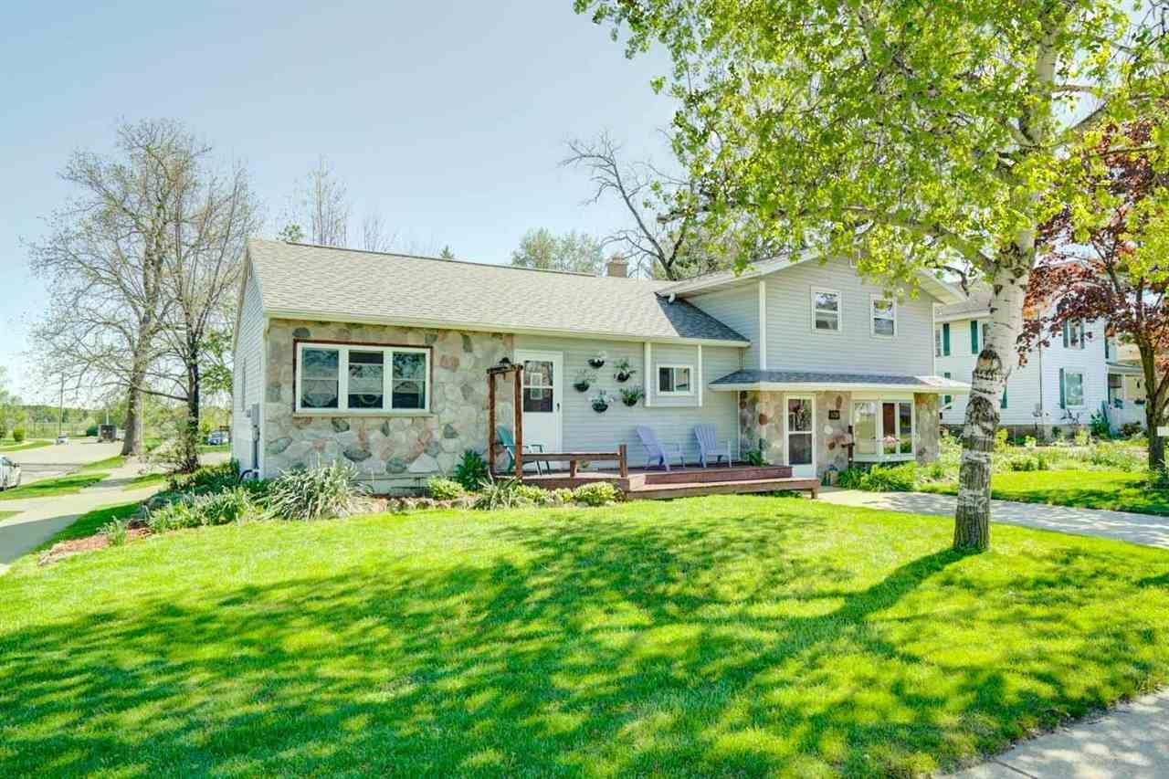 839 Janesville St, Oregon, WI 53575 - #: 1908323