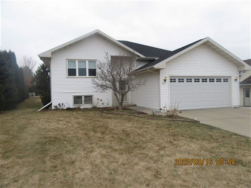 Photo of 1327 Terapin Tr, Janesville, WI 53545 (MLS # 1879325)