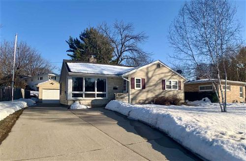 1903325 Best Realty of Edgerton