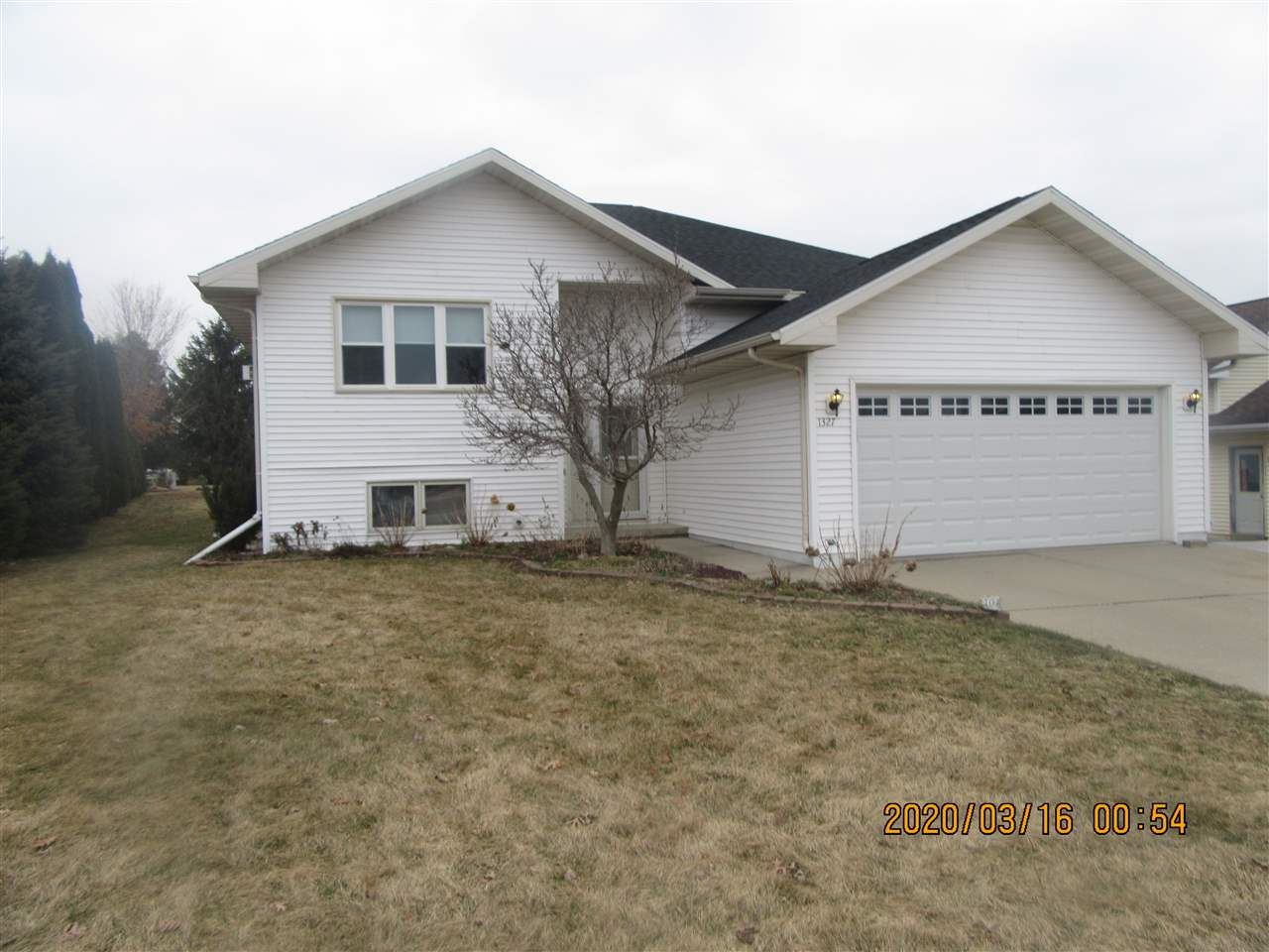 1327 Terapin Tr, Janesville, WI 53545 - #: 1879325