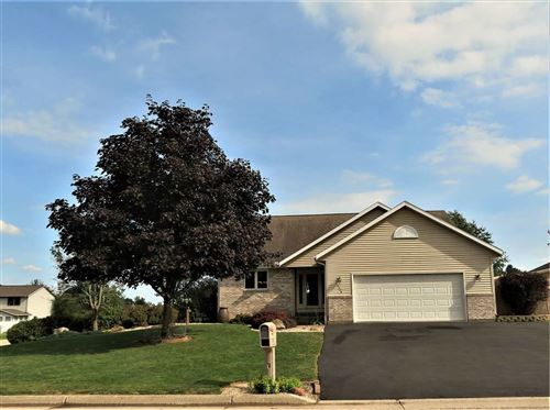 Photo of 4398 Fox Hills, Janesville, WI 53546 (MLS # 1893326)