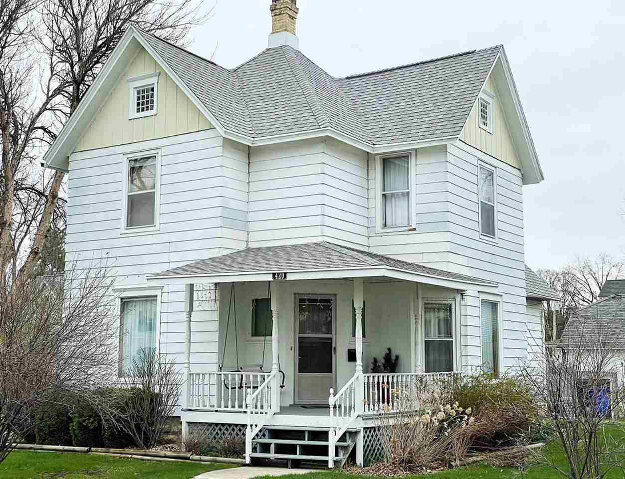 420 N High St, Randolph, WI 53956 - #: 1906326