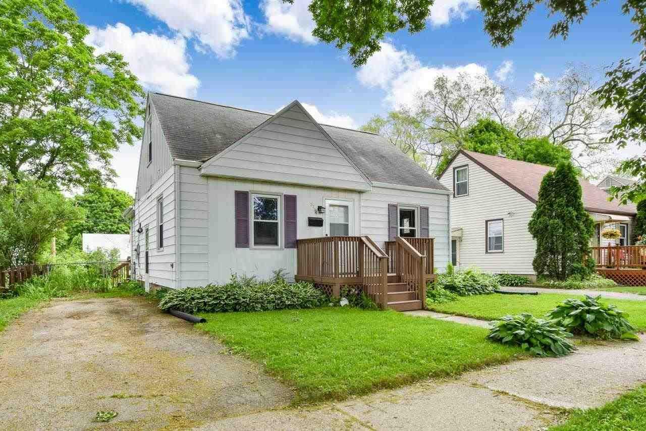 2734 Coolidge St, Madison, WI 53704 - #: 1911326
