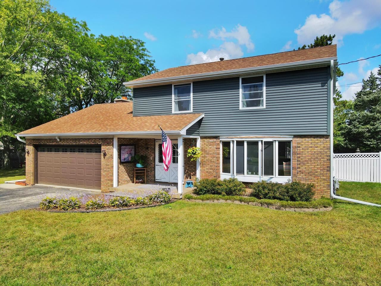 13 Krause Ave, Fort Atkinson, WI 53538 - #: 377329
