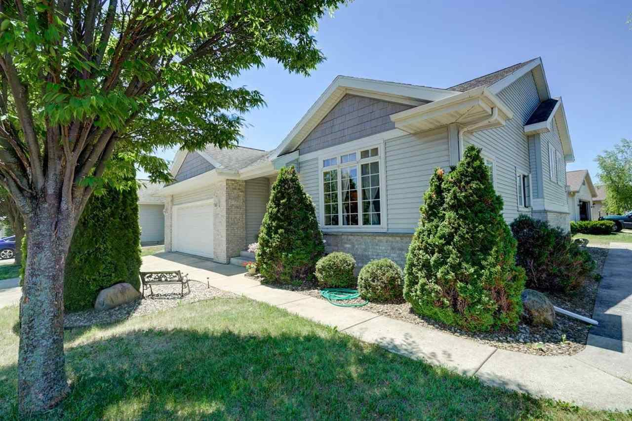 707 CORK CROSSING, Cottage Grove, WI 53527 - #: 1912330