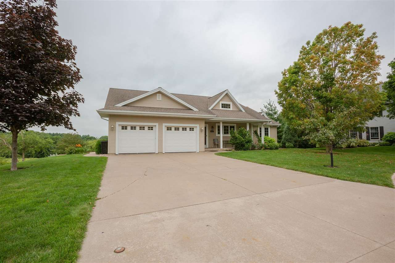 1120 Colleen Ct, Platteville, WI 53818 - #: 1915332