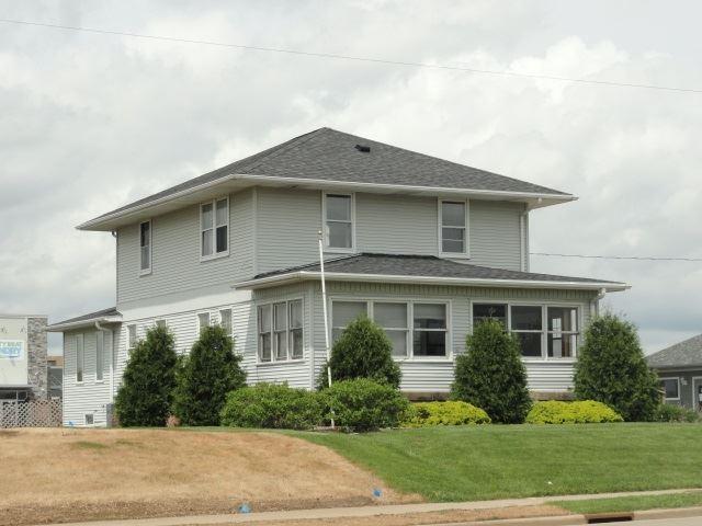 1218 N Main St, Viroqua, WI 54665 - #: 1884333