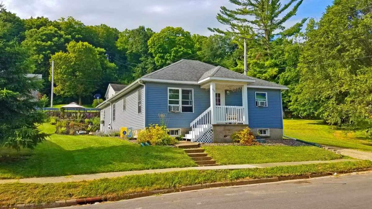 400 Maple St, Blanchardville, WI 53516 - #: 1890334