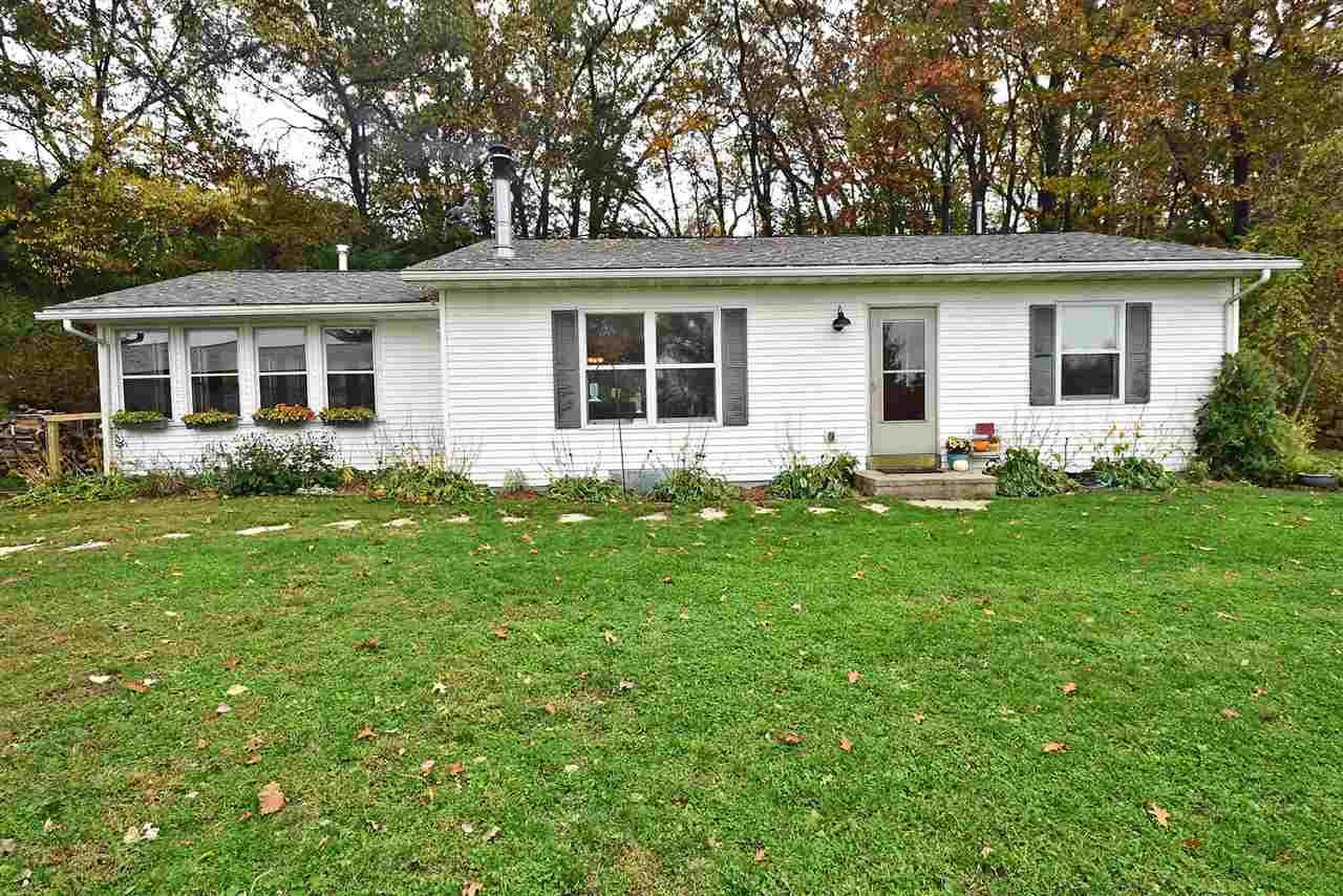 5290 N Clay Hill Rd, Dodgeville, WI 53533 - #: 1896334
