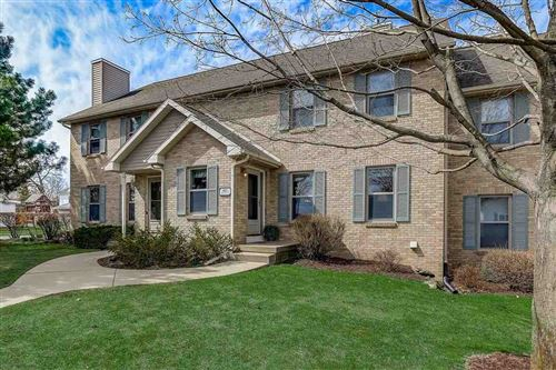 Photo of 103 Fairview Way, Waunakee, WI 53597 (MLS # 1905338)