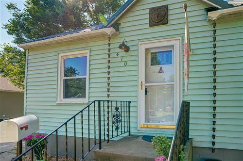 Photo of 410 E Edgewater St, Portage, WI 53901 (MLS # 1887339)