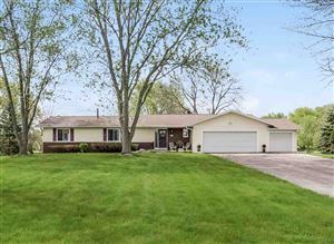 Photo of 4581 Windsor Rd, Windsor, WI 53598 (MLS # 1856344)
