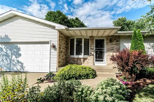 Photo of 5816 Danville Dr, Fitchburg, WI 53719 (MLS # 1890344)