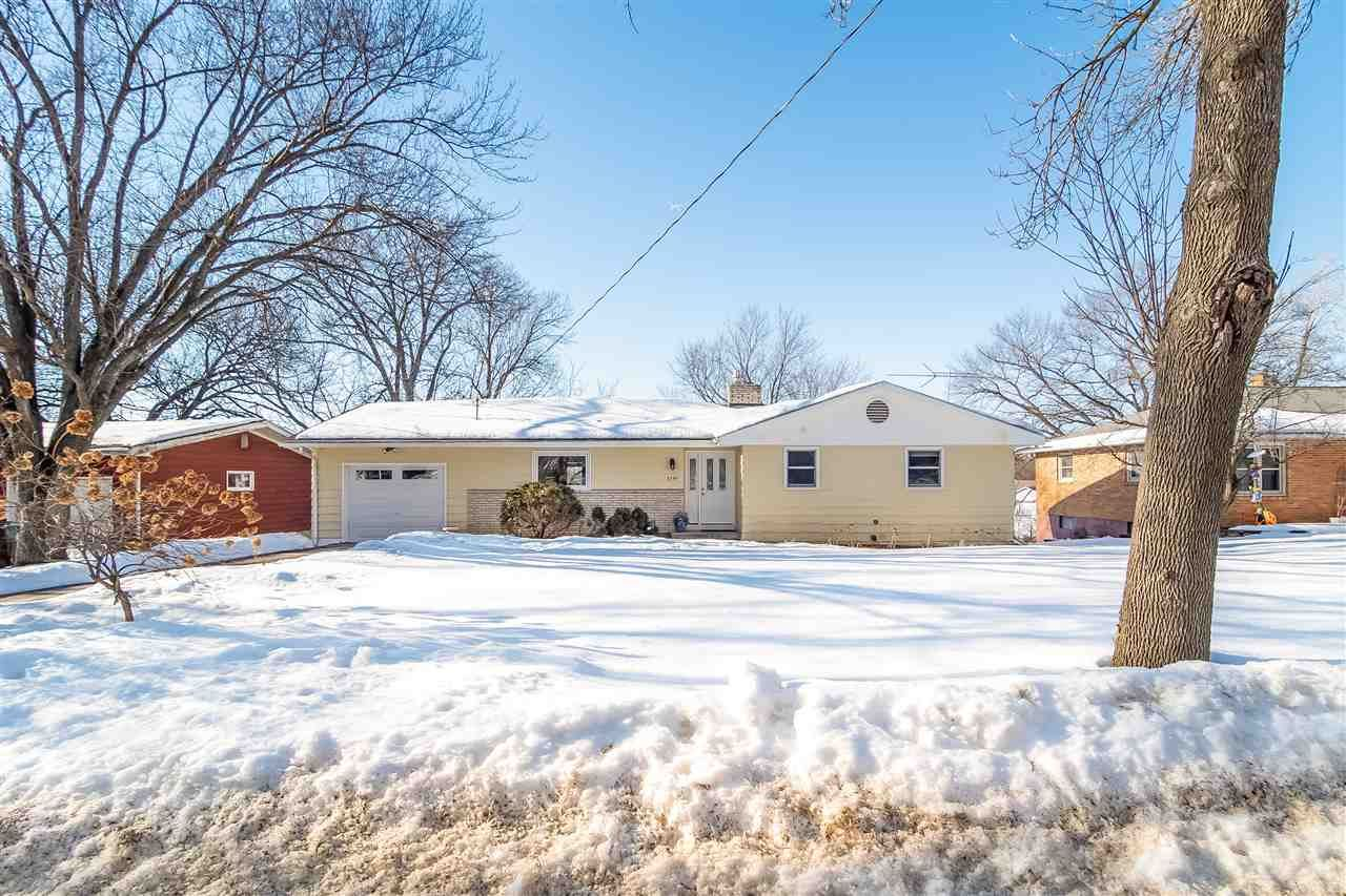 3334 Quincy Ave, Madison, WI 53704 - #: 1903344