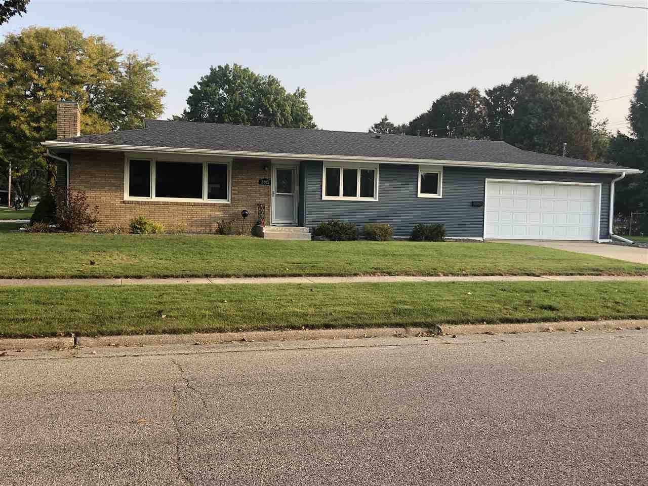 2305 Rutledge Ave, Janesville, WI 53545-2128 - #: 1894346