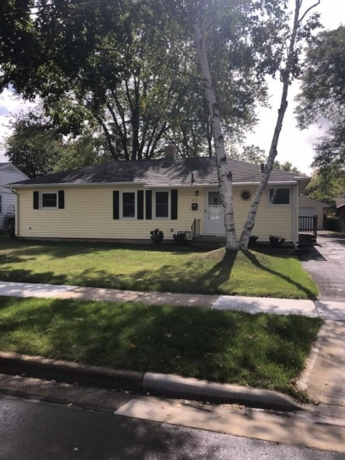 Photo for 6721 North Ave, Middleton, WI 53562 (MLS # 1920348)